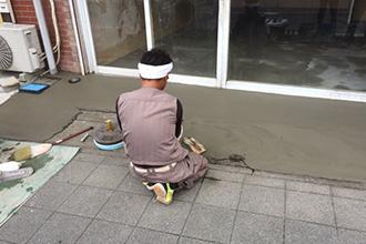 外壁左官工事から漆喰塗替えまで幅広くお任せください。